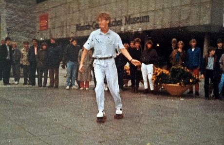 1984-9-XX-Domplatte RollerSkates (3b)